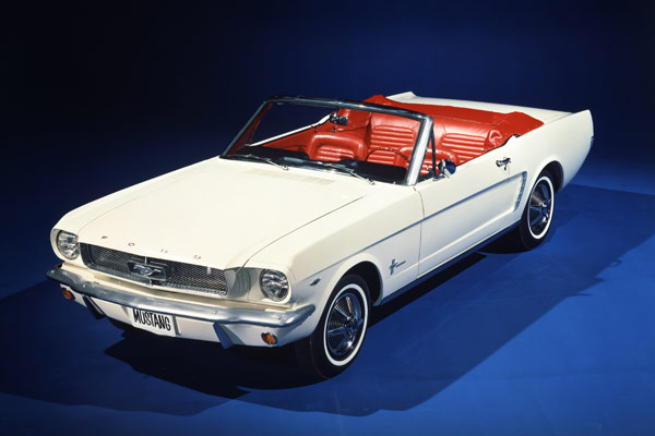 Ford-Mustang-Convertible 1964