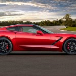 Chevrolet Corvette Stingray lateral