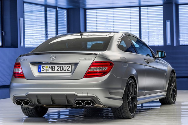 Mercedes-C63-AMG-Edition-507-zaga