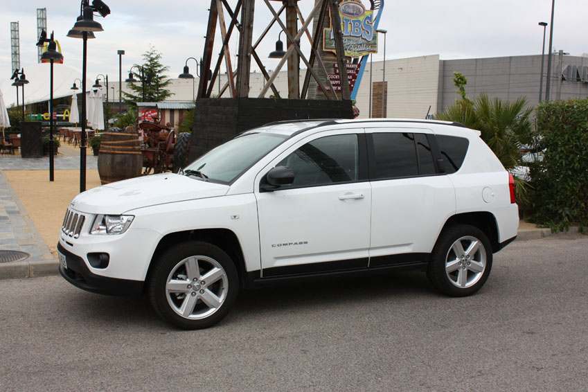 prueba jeep compass 2 2 crd 136 cv 4x4 sport 2. Black Bedroom Furniture Sets. Home Design Ideas