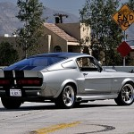 Ford Mustang Eleanor trasera