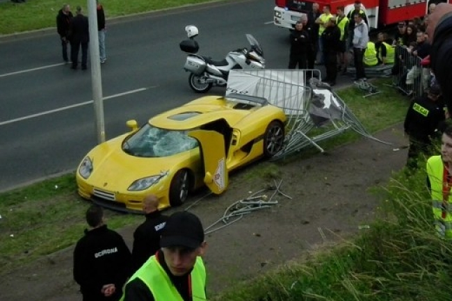 accidente koenigsegg ccr 2