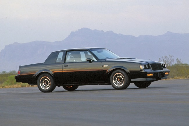 ESPECIAL Buick Regal Grand National lateral