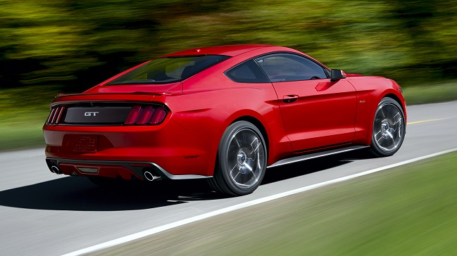Ford Mustang 2014 trasera