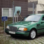 Mercedes-Benz-190-W-201-model-experimental-vehicle-with-electric-drive-and-ZEBRA-battery-1993.