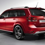 Fiat-Freemont-Cross-Dodge Journey Crossroad