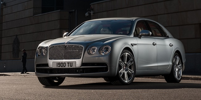 Flying Spur V8 Exterior 4