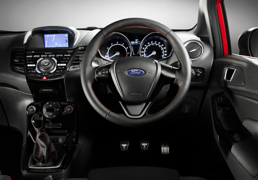 Ford Fiesta Red Edition Black Edition (12)