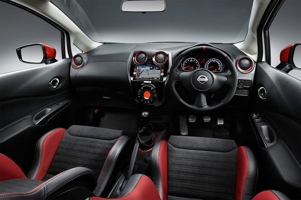 interior-nissan-note-nismo