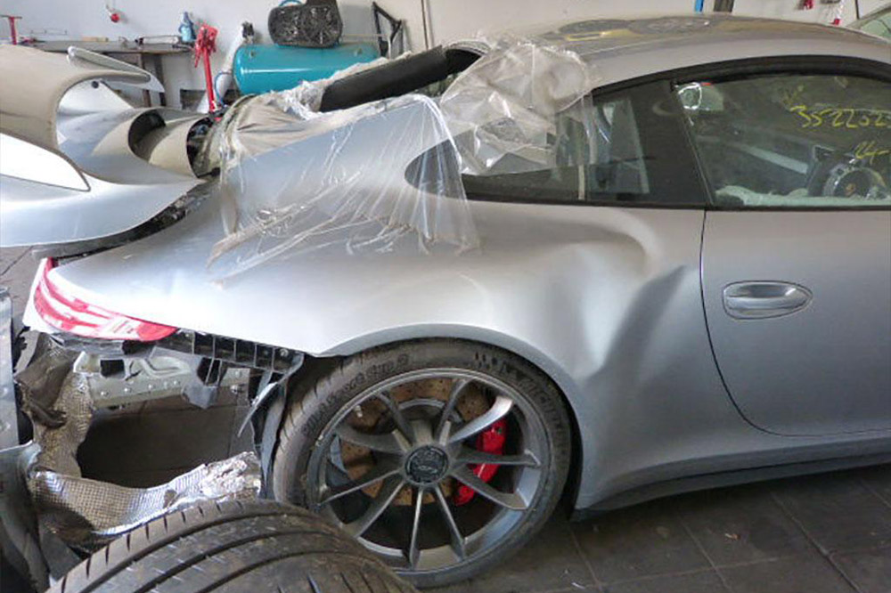 Porsche 911 GT3 accidentado  (8)