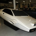 Sale a la venta el Lotus Esprit submarino de James Bond
