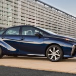 2016_Toyota_Fuel_Cell_Vehicle_004