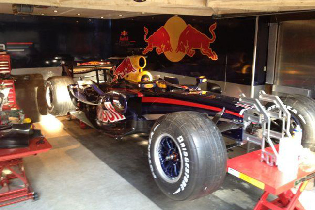 Red Bull RBR3 Mark Webber (4)