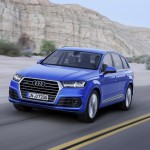 Audi Q7 2015 movimiento frontal