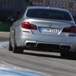 BMW-M5-Pure-Metal-Silver-trasera