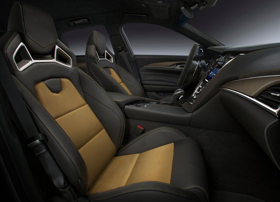 cadillac cts v 2016 periodismo del motor. Black Bedroom Furniture Sets. Home Design Ideas