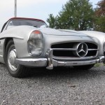 Mercedes-Benz 300 SL Roadster frontal bajo