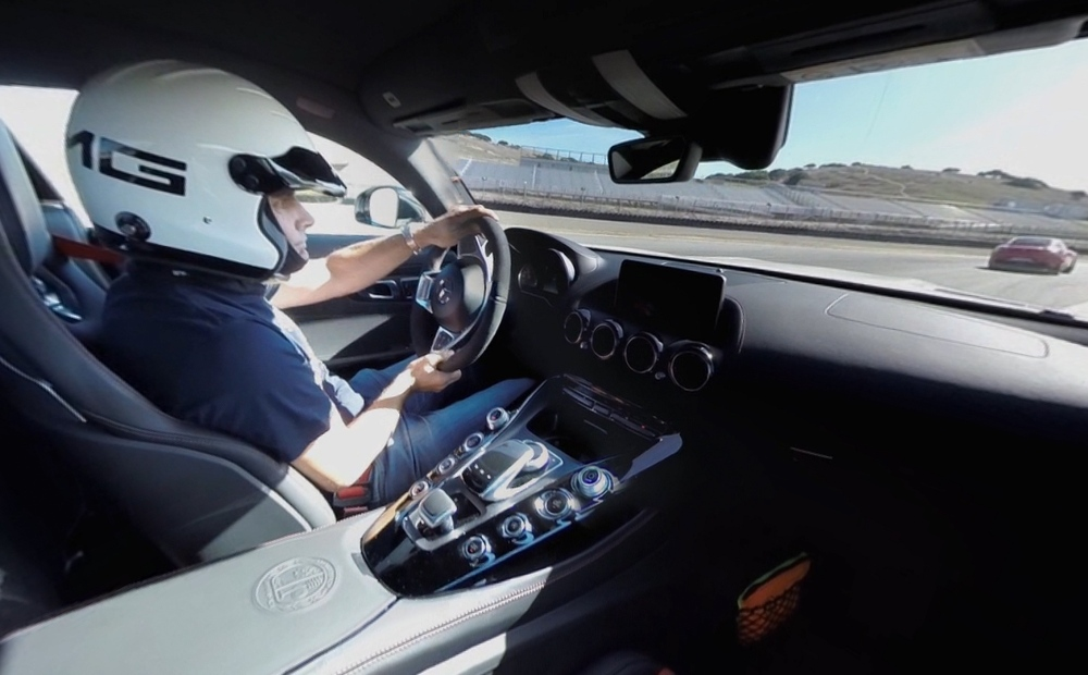 a-bordo-mercedes-amg-gt-s-realidad-virtual-camara-interior