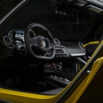alfa-romeo-4c-spider-salon-de-detroit-interior2