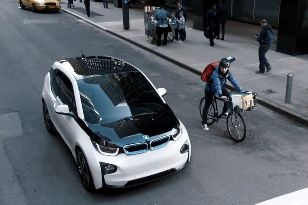 anuncio-super-bowl-bmw-i3