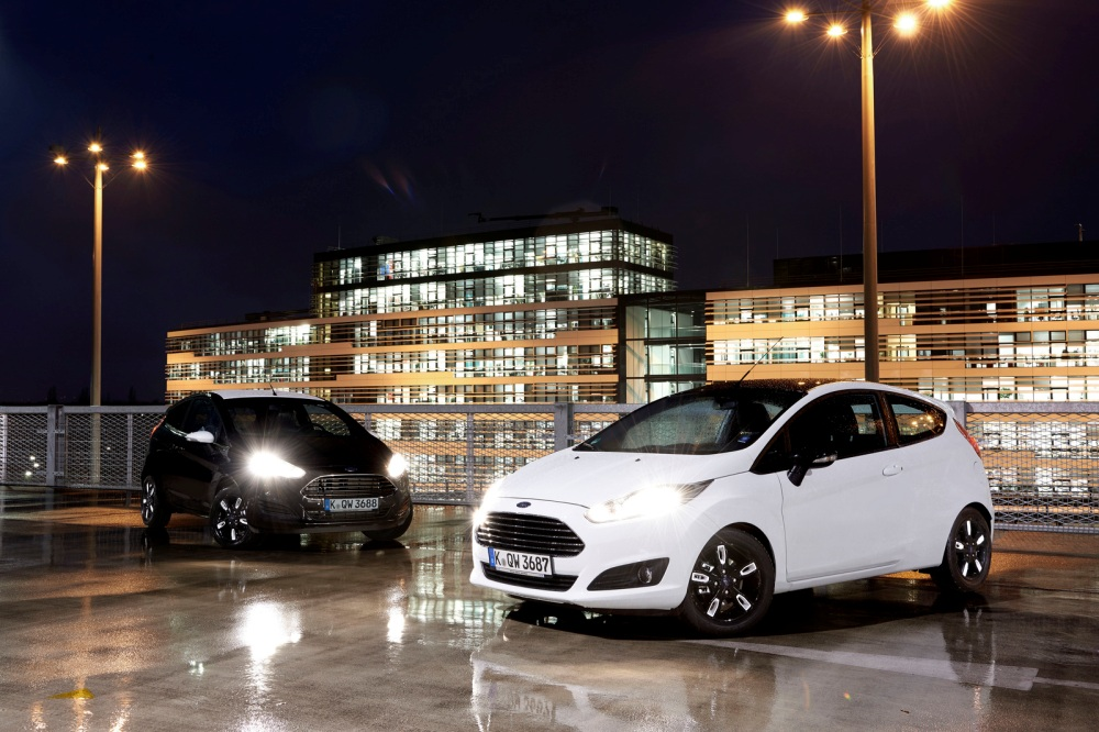 ford-fiesta-ford-ka-black-white-edition-fiesta-frontal