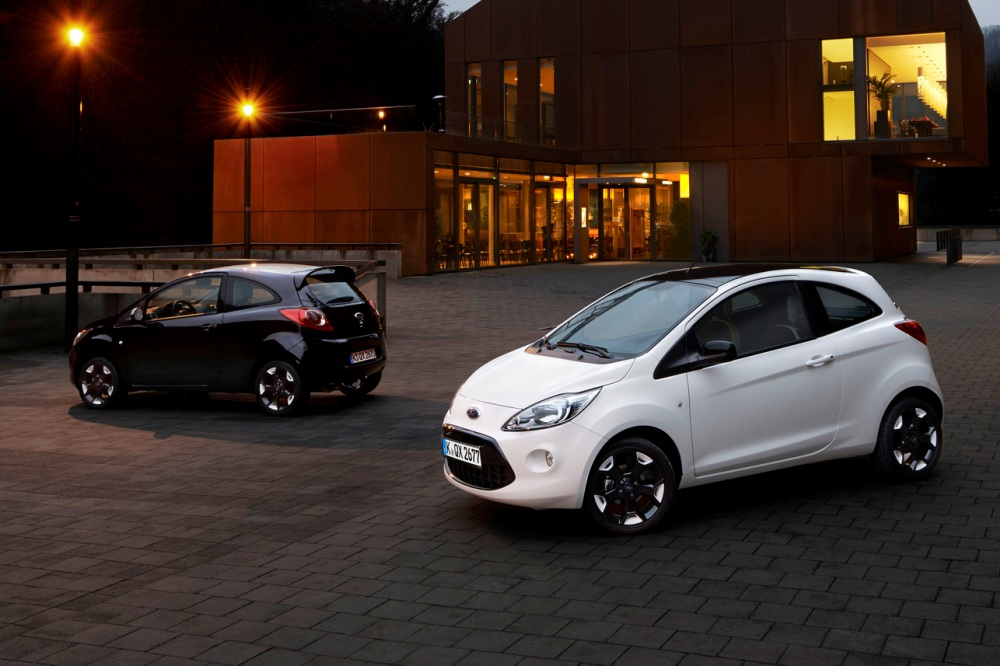 ford fiesta y ford ka black and white edition periodismo del motor. Black Bedroom Furniture Sets. Home Design Ideas