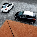 ford-fiesta-ford-ka-black-white-edition-ka-trasera