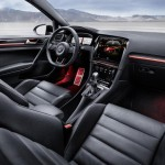 volkswagen-golf-r-touch-concept-interior12