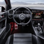 volkswagen-golf-r-touch-concept-interior2