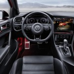 volkswagen-golf-r-touch-concept-interior3