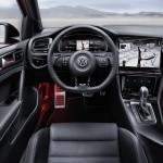 volkswagen-golf-r-touch-concept-interior4