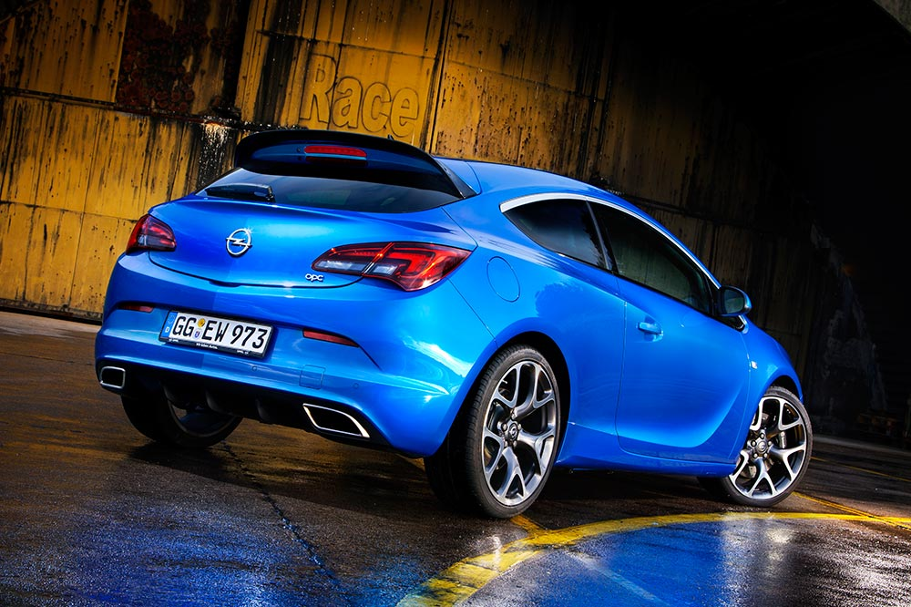 Opel Performance Center (OPC)