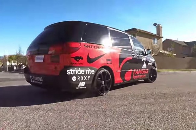 video-toyota-sienna-550-cv-mama