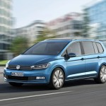 volkswagen-touran-2015-lateral