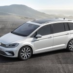 volkswagen-touran-2015-lateral-r