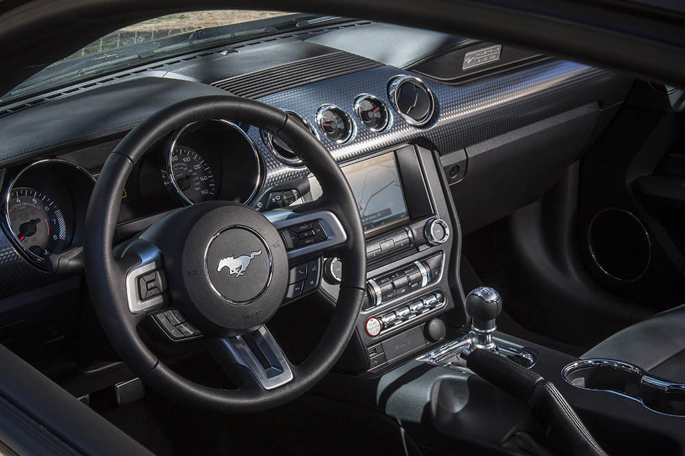 Ford Mustang GT 2015 50 years