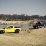 Vídeo: Mercedes-Benz G500 4×4² vs Ford Raptor, lo último de Top Gear