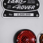 Land-Rover-Defender-2000000 (18)