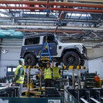Land-Rover-Defender-2000000 (54)