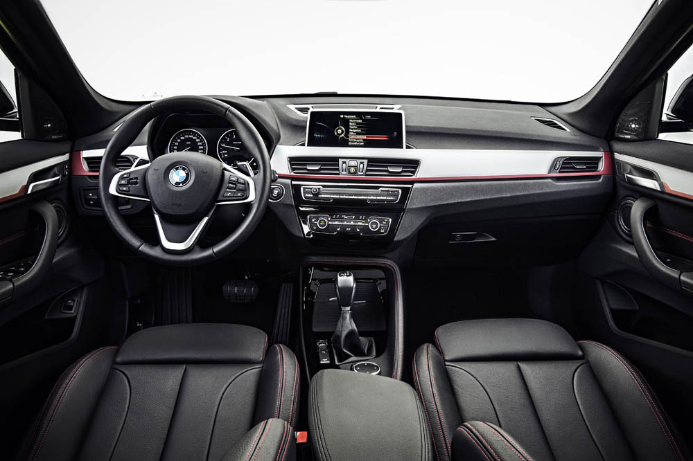 interior bmw x1 2015 3 periodismo del motor. Black Bedroom Furniture Sets. Home Design Ideas