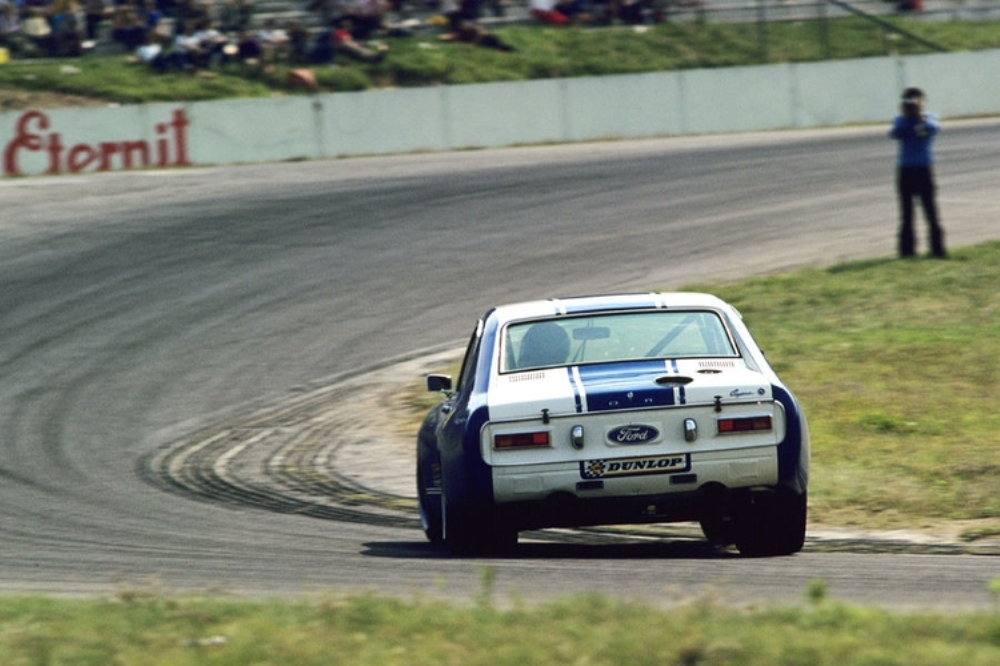 8-mejores-ford-carreras-touring (2)