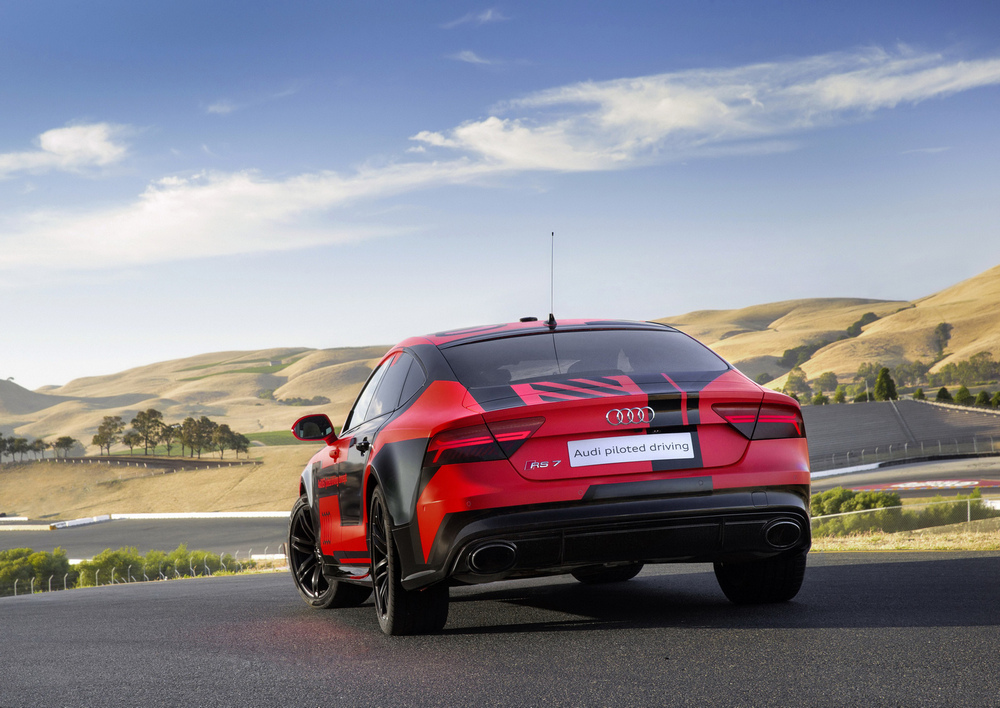 Audi-RS7-Piloted-Driving-Concept-7
