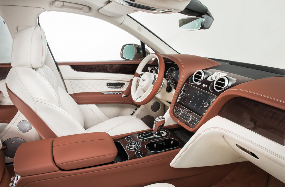 Bentley Bentayga 2016 (15)