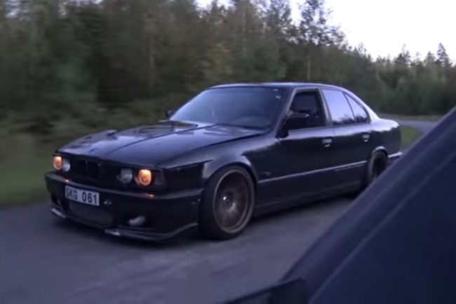 veyron-vs-bmw-m5-e34