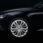 Skoda-Superb-Black-Crystal-stardust