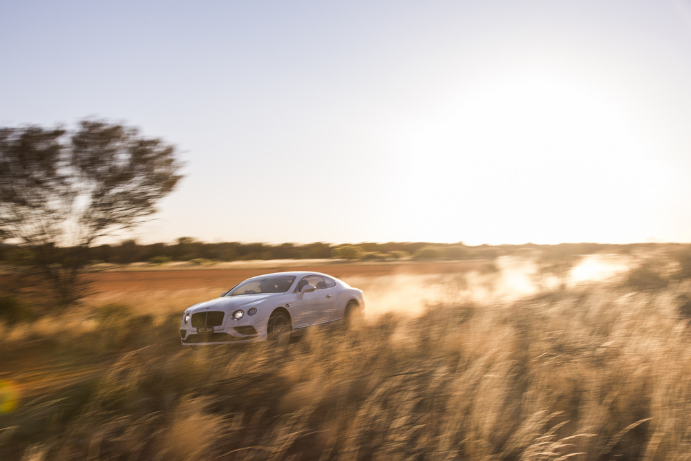 Bentley Continental GT Speed desierto (8)