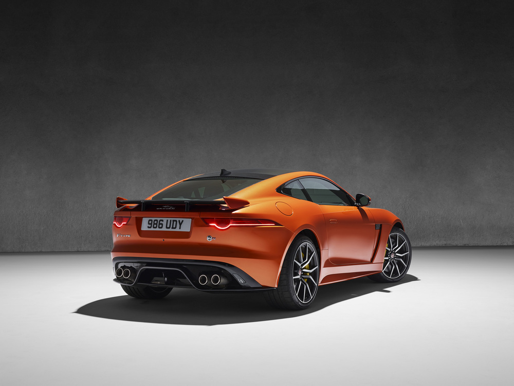 Jaguar-F-Type-SVR (39)