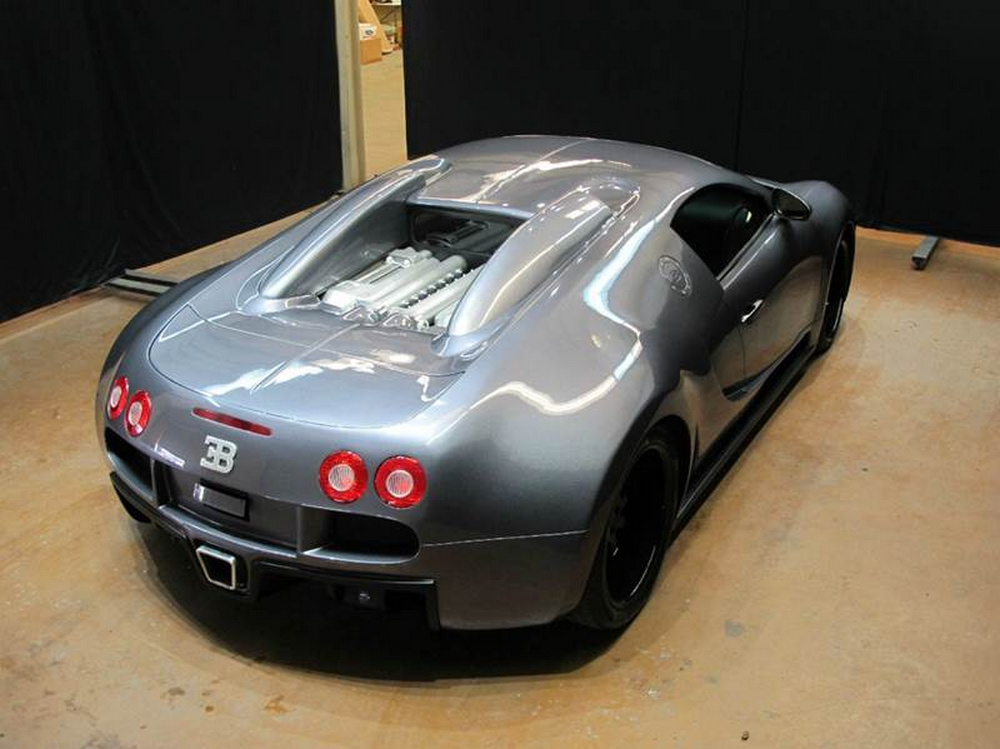 pagar as euros por esta r plica de bugatti veyron. Black Bedroom Furniture Sets. Home Design Ideas