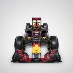 Aston Martin Red Bull Racing RB12 Kvyat (1)
