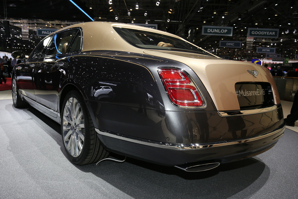Bentley Mulsanne Grand Limousine Mulliner (7)